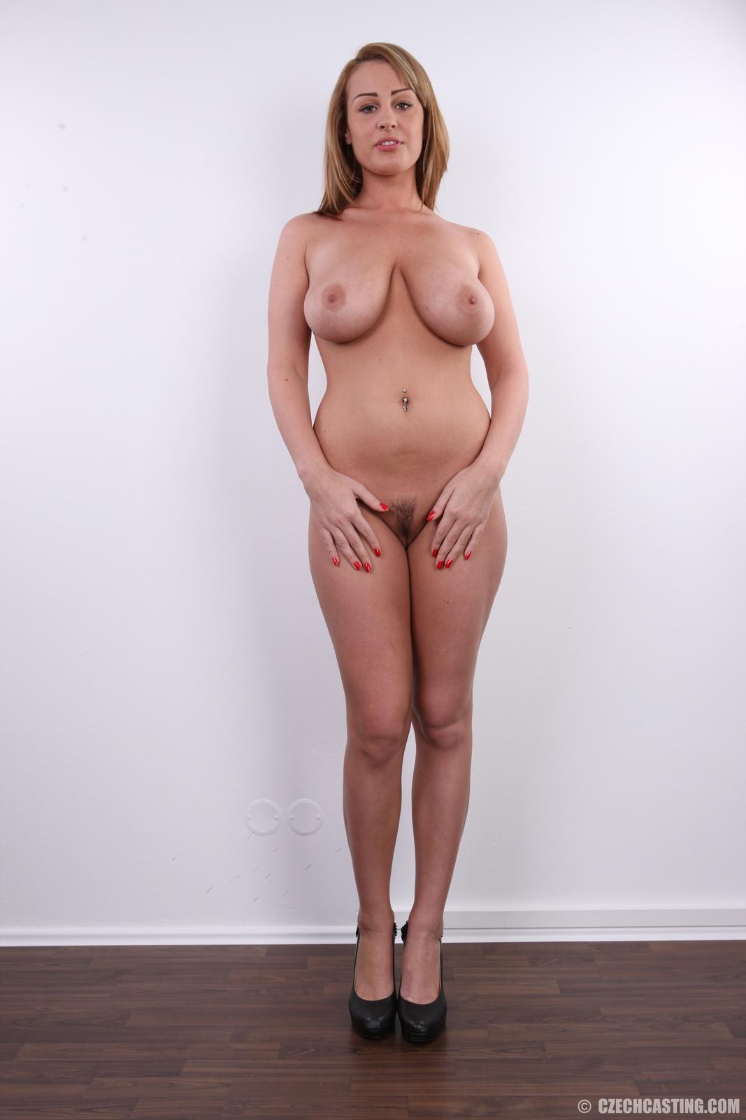 deauxma big boob