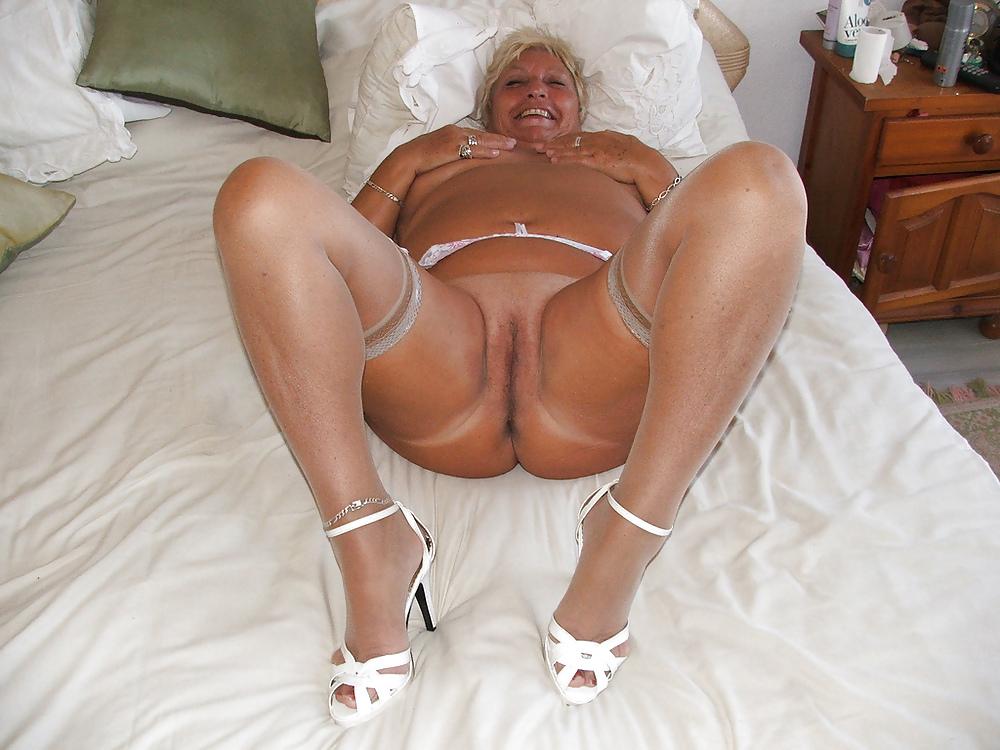 double penetration skinny midget