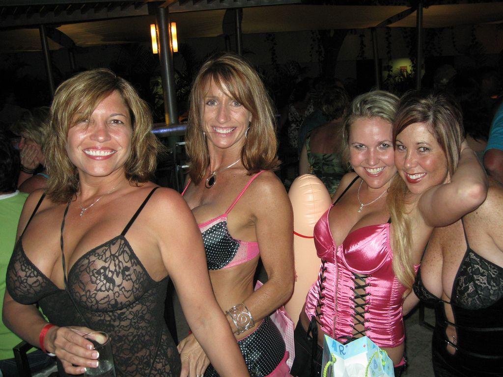best bra for breast implants